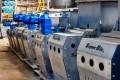 misturador para pó em aço inox tipo Ribbon Blender A SUPERBIO // VHO é uma empresa brasileira líder no mercado na produção de equipamentos Indústrias, com o melhor custo beneficio, produzindo equipamentos em aço inox 304L / 316L e aço carbono SAE 1010/1020/1045 pra você.  Referência de qualidade e segurança no Brasil e no mundo, o Ribbon Blender é o melhor tipo de misturador para todos os materiais à base de pós, pastas, massas e grânulos.  Por que a SUPERBIO // VHO  tem feito tanto sucesso COM os misturadores do tipo Ribbon Blender no meio industrial, e tem sido tão procurados, pelo mercado nacional e internacional?  A resposta é que nossa empresa SUPERBIO // VHO tem  experiência comprovada, de quem esta no mercado a mais de 20 anos fabricando maquinas, atendendo desde o pequeno negocio a grandes indústrias nacionais e multinacionais, nas linhas de equipamentos para indústria de processos formulações de sólidos, líquidos e cremosos, nas áreas de Plásticos, Químico, Petroquímico, Alimentício, Construção civil, Agro Indústria  As características que separam o Ribbon Blender dos misturadores comuns são: - mistura rápida que varia de 2 a 12 minutos - com uma operação simplificada e segura - com capacidade de 50 a 20.000 litros e alto grau de homogeneização - qualidade e textura perfeita. - alto grau de homogeneidade - manutenção quase nula -  baixo consumo de energia.  A SuperBio tem o Misturador Ribbon Blender, considerado o mais avançado na indústria. Com design exclusivo e totalmente inovador, o Ribbon Blender agrega mais eficiência à mistura e maior adaptabilidade a diferentes sistemas de produção, com uma produção em serie, dando a garantia de uma maquina desenvolvida por um a equipe de engenheiros, produzindo um produdo desenvolvido para seu produto . Destaque para a tampa em formato arredondado e grade de proteção, com portinhola de observação na parte superior, e o sistema triplo Descarga-Envase-Pesagem, automatizado.  Principais usos: Setor Químico - Todos os 