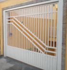 Portão automático, manutenção, instalação de motor, pinturas em geral.